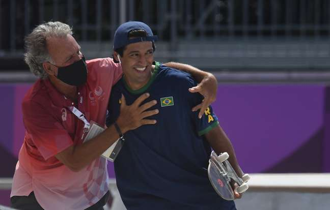 Kelvin Hoefler, do skate, garante a 1ª medalha do Brasil nos Jogos de Tóquio