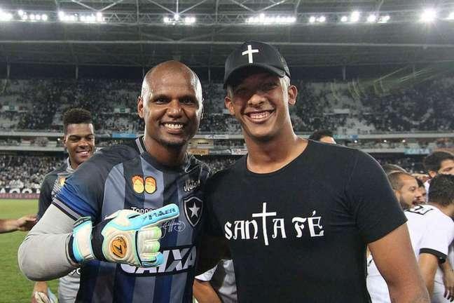 Jefferson e Diego Loureiro, do Botafogo (Foto: Vítor Silva/Botafogo)