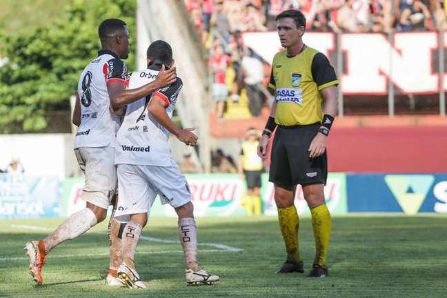 Cuiabá e Corinthians será o quinto jogo de Ramon Abatti Abel no Brasileirão deste ano (Foto: Yan Pedro/Arquivo JEC)