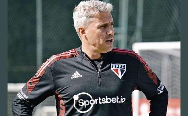 Crespo tentará manter série invicta do São Paulo diante do Flamengo (Foto: Erico Leonan / saopaulofc)