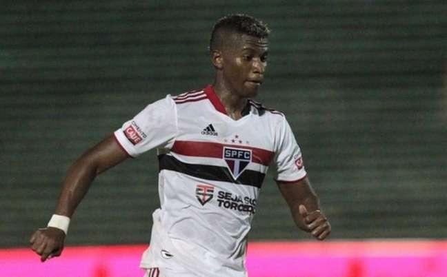 Orejuela foi cortado da lista de relacionados antes do jogo contra o Flamengo (Foto: Rubens Chiri/ saopaulofc.net)