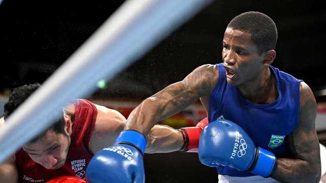 Wanderson Oliveira vence Wessam Salamana nos Jogos Olímpicos de Tóquio neste domingo Luis Robayo Reuters