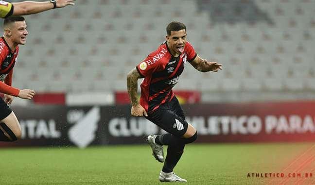 Terans marcou o primeiro do Furacão no jogo (José Tramontin/athletico.com.br)