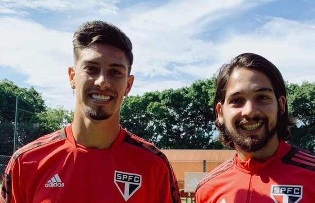 Benítez e Rigoni começaram no banco diante do Flamengo (Foto: Fellipe Lucena / saopaulofc)