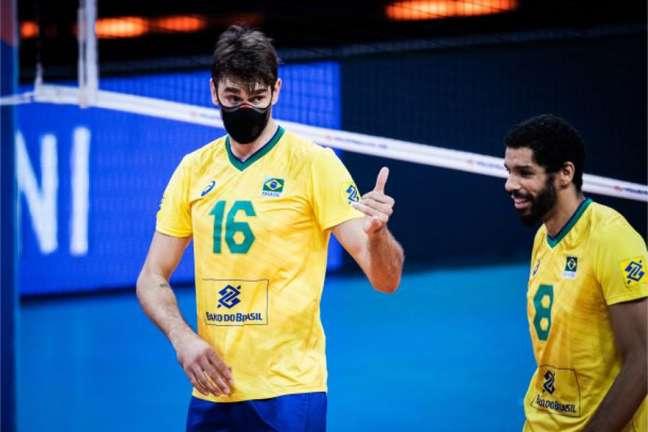 Lucão reconheceu o bom rendimento da Argentina nos dois primeiros sets (FIVB Divulgação)