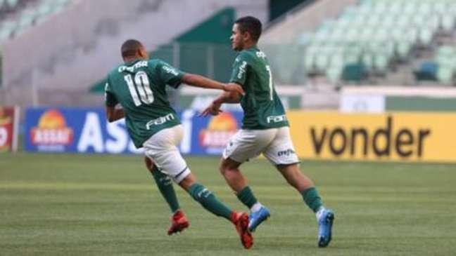Gabriel Silva em ação pelo Palmeiras (Foto: Fabio Menotti)