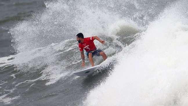 Ítalo Ferreira durante bateria da competição de surfe na Tóquio 2020 26/07/2021 REUTERS/Lisi Niesner