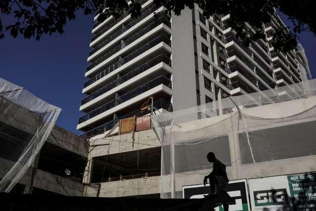 Edifício em construção no Rio de Janeiro (RJ)  27/11/2020 REUTERS/Pilar Olivares