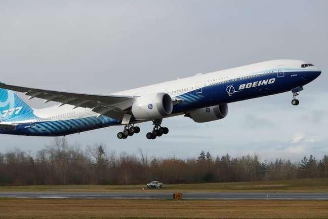 Boeing 777X  em voo teste  25/1/2020   REUTERS/Terray Sylvester