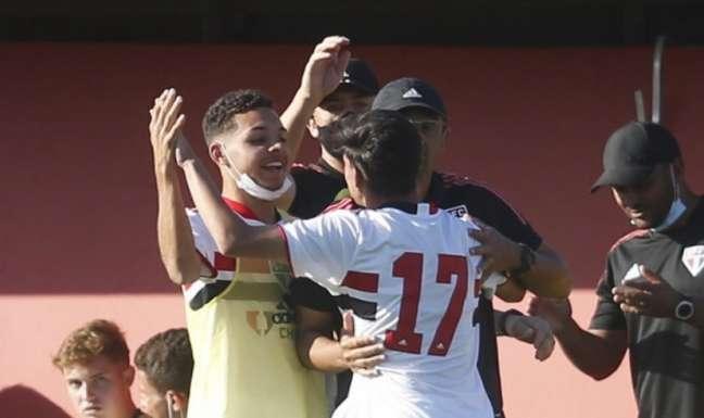 Sub-17 do São Paulo disputa vaga na semifinal do Brasileiro (Foto:  Fernando Roberto/Saopaulofc.net)