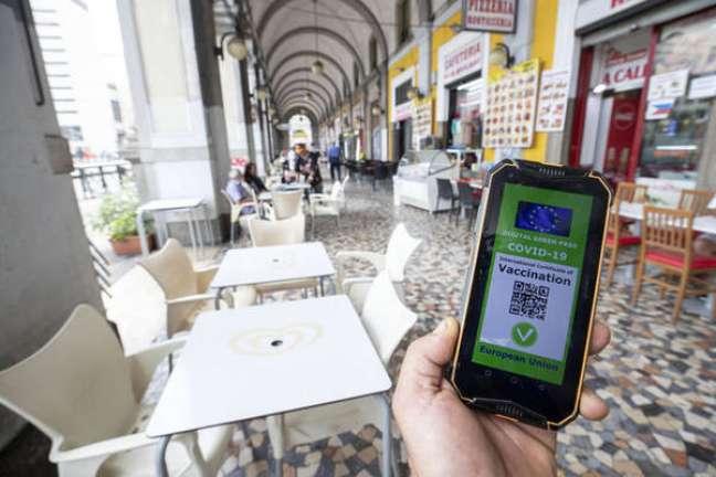 Itália lança app contra passes falsos