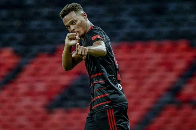Rodrigo Muniz é alvo de interesse do Fulham (Foto: Marcelo Cortes/Flamengo)