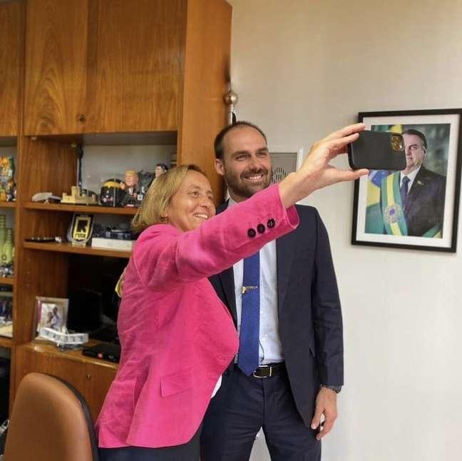 Além de se reunir com o presidente brasileiro, von Storch esteve com os deputados Eduardo Bolsonaro e Bia Kicis
