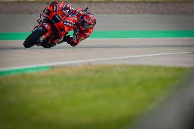 Francesco Bagnaia tem a terceira colocação na classificação da MotoGP