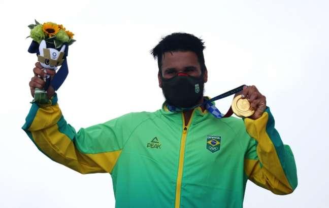 Ítalo Ferreira ganhou a medalha de ouro no surfe
