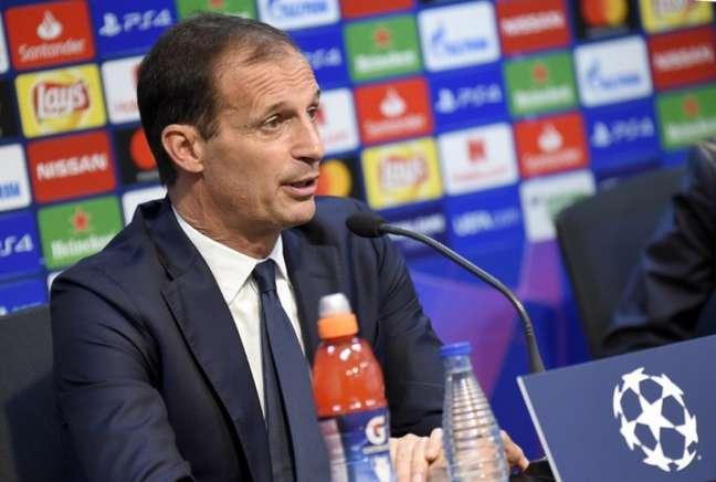 Allegri explicou opção para voltar a treinar a Juventus ao invés do Real Madrid (AFP)