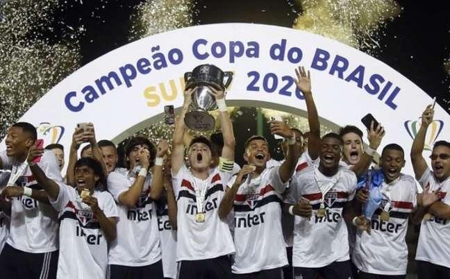 O São Paulo é o atual campeão da Copa do Brasil Sub-17 (Foto: Marcos de Paula)