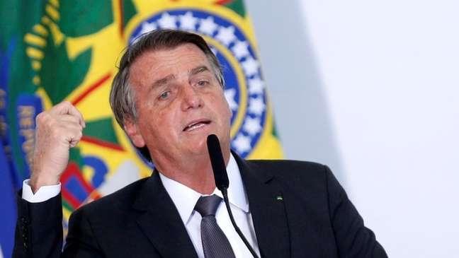 A partir de 2019, imagem do Brasil passa a sofrer queda ainda pior que a vivenciada na Copa do Mundo e Olimpíada. Para Simon Anholt, posição do presidente sobre Amazônia e pandemia influenciaram