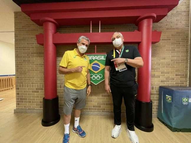 Branco e José Roberto Guimarães tiveram encontro na base do Time Brasil (Foto: Bruno Pacheco / CBF)