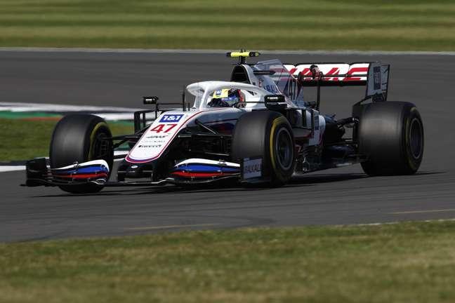 Mick Schumacher em ação durante o GP da Inglaterra