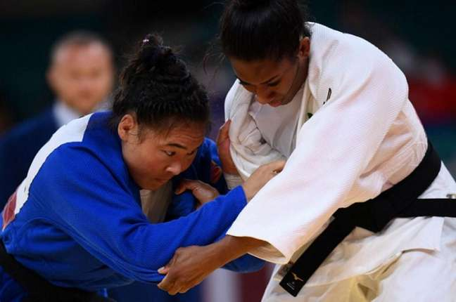 Ketleyn Quadros ainda está na disputa para medalha de bronze no judô (Reprodução/SporTV)