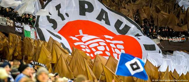 O St. Pauli, arquirrival do Hamburgo, é candidato forte a azarão da Bundesliga 2