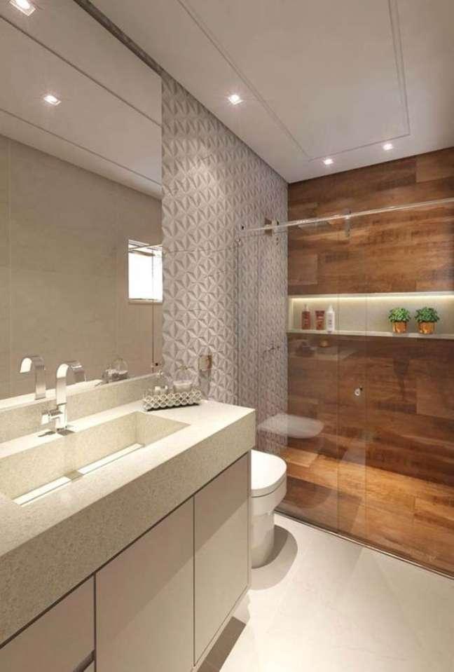 41. Banheiro com nicho de embutir no box – Foto Pinterest