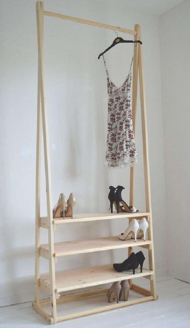 51. Modelo de arara de madeira simples. Fonte: Pinterest
