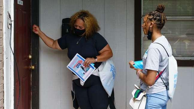 No Alabama, as autoridades têm promovido a vacinação porta a porta