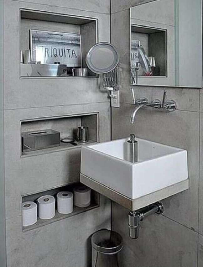 56. Cantoneira para banheiro nicho de embutir – Foto Pinterest
