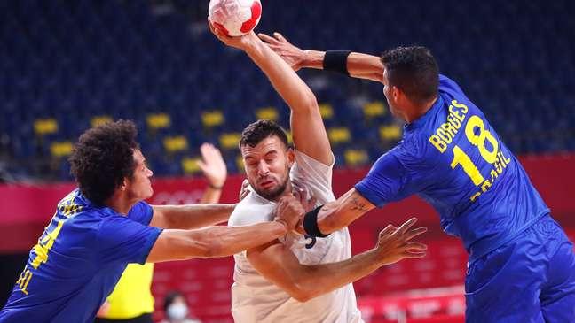Seleção Brasileira masculina de handebol perdeu para a França nos Jogos Olímpicos de Tóquio Divulgação Confederação Brasileira de Handebol