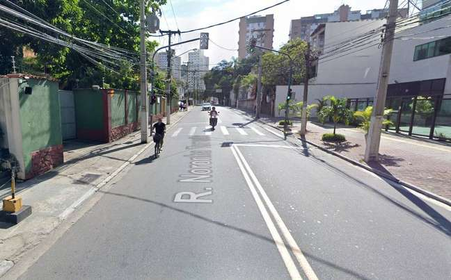 Rua Noronha Torrezão, no bairro Santa Rosa, em Niterói