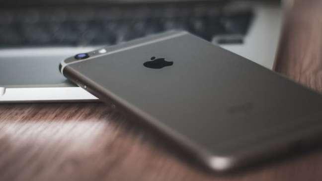 Apple pode estar divulgando informações falsas para combater vazamentos
