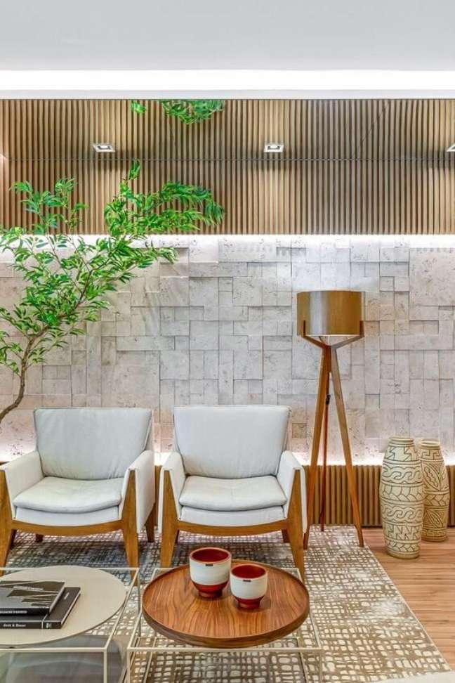 1. Móveis modernos para sala de espera – Foto Revista VD