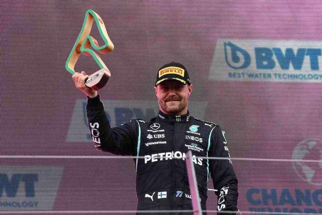 Valtteri Bottas tem uma história que precisa ser respeitada pela Mercedes