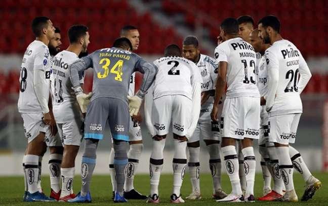 Santos volta suas atenções para a Copa do Brasil, em duelo nesta quarta-feira (Foto: Gustavo ORTIZ / POOL / AFP)