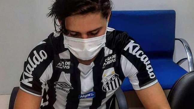 Luis Zeballos tem passagens pelas categorias de base da Bolívia (Foto: Pedro Ernesto Guerra Azevedo/SantosFC)