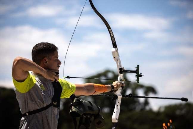 Marcus Vinícius D´Almeida conquista o vice-campeonato mundial de tiro com arco  (Foto: Jonne Roriz / COB)