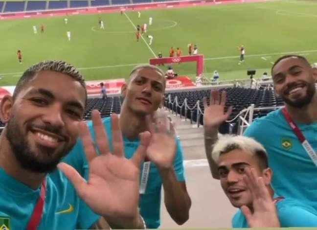 Douglas Luiz, Richarlison, Reinier e Matheus Cunha não perderam a chance de provocar a Argentina (Foto: Reprodução)