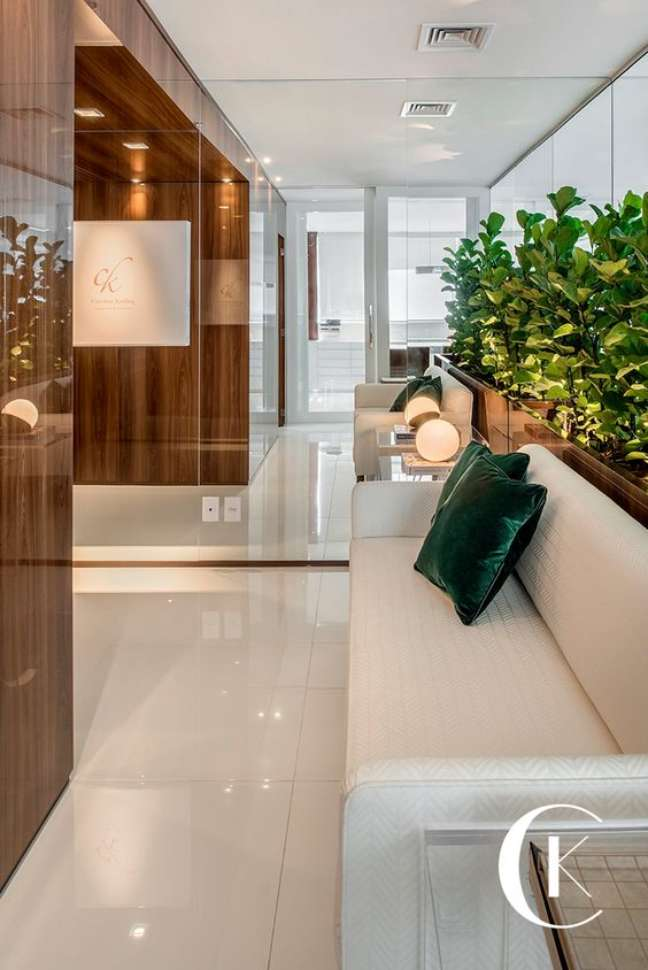 23. Sala de espera pequena para escritório – Foto Caroline Kreling Arquitetura