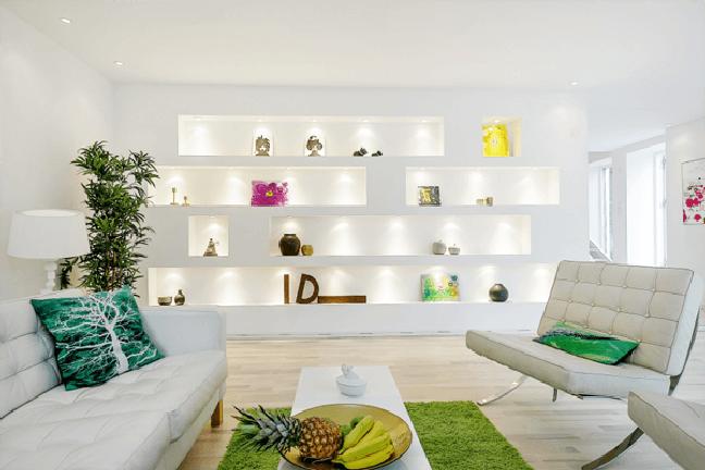 36. Parede de sala decorada com estante de gesso iluminada – Foto Pinterest