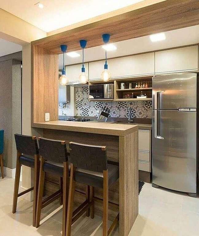 57. Luminária simples para decoração de cozinha estilo americana pequena – Foto: Dicas Decor