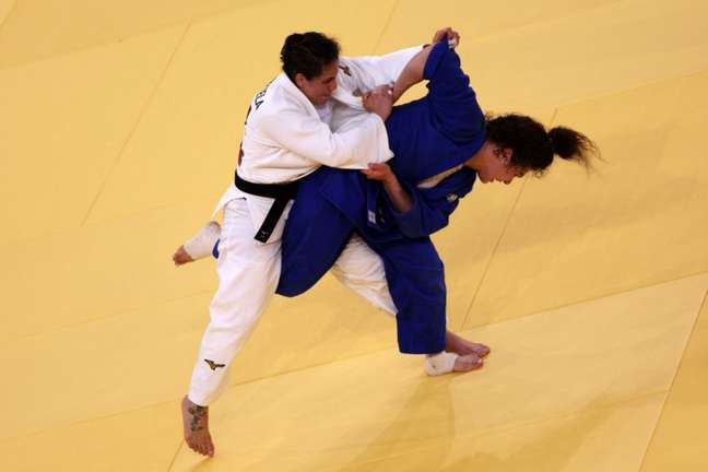 Maria Portela foi eliminada nesta terça-feira na categoria até 70kg do judô (Foto: Jack GUEZ/AFP)
