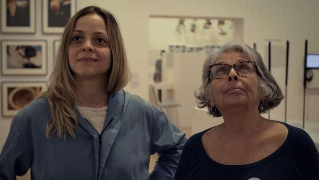 A diretora Lúcia Murat e a atriz Stella Rabello na filmagem de 'Ana. Sem Título'