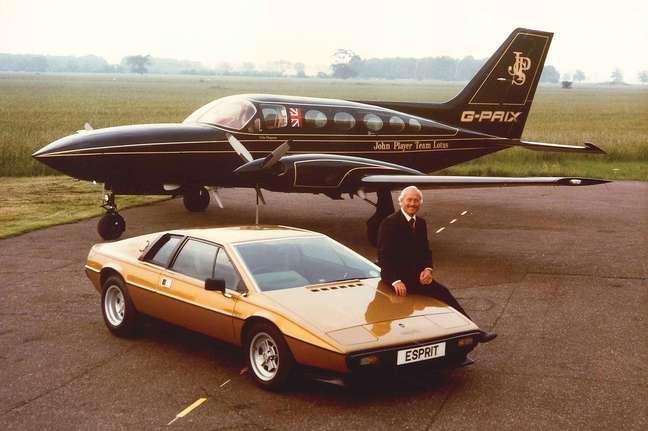 Colin Chapman foi o criador da Lotus.
