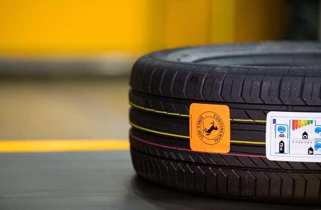 Manutenção preventiva traz maior vida útil ao pneu.