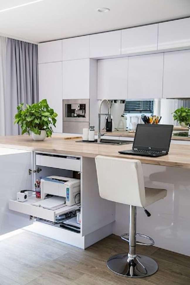 12. Casa com home office na sala e cozinha americana – Foto novinky