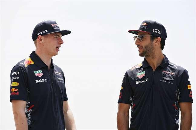 Max Verstappen e Daniel Ricciardo foram parceiros de Red Bull no começo da carreira do holandês