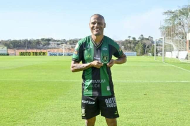 Patric completa a trinca de times de BH defendidos por ele, já que também atuou por Atlético-MG e Cruzeiro-(Mourão Panda/América-MG)