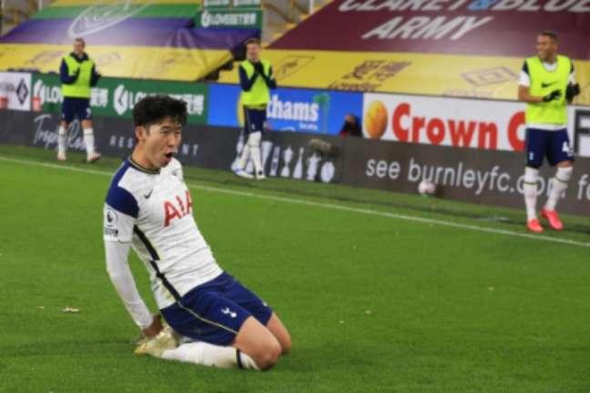 Son é um dos principais nomes do Tottenham (Foto: LINDSEY PARNABY / POOL / AFP)